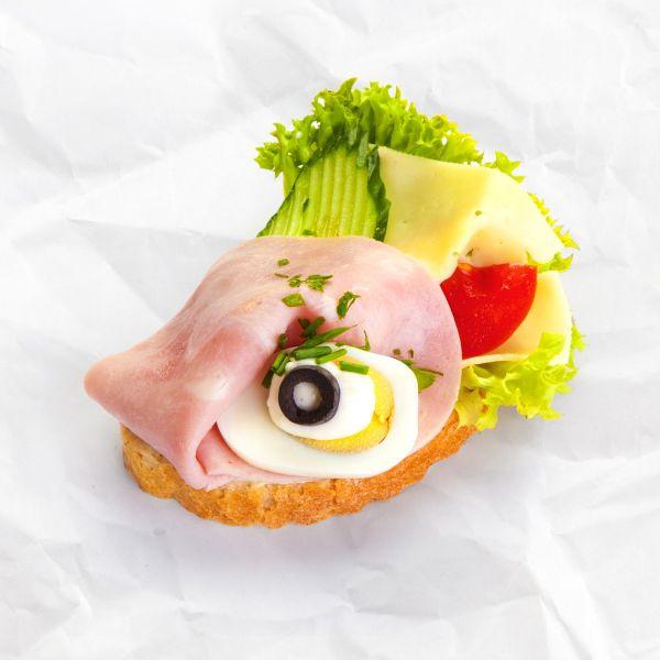 Chlebíček šunka-syr